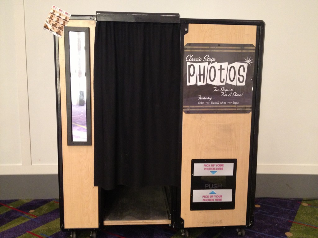 Vintage Photo Booth Vintage Photo Booth | ...